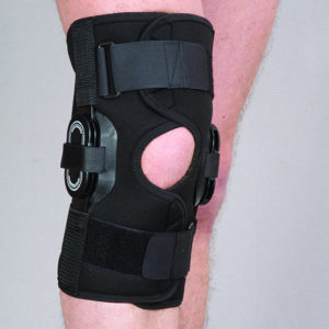 Orteza stawu kolanowego stabilizująca z regulacją kąta zgięcia co 15 stopni (neopren perforowany)