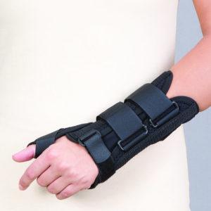Orteza na dłoń i przedramię korygująca zniekształcenie ręki (dzianina przestrzenna)